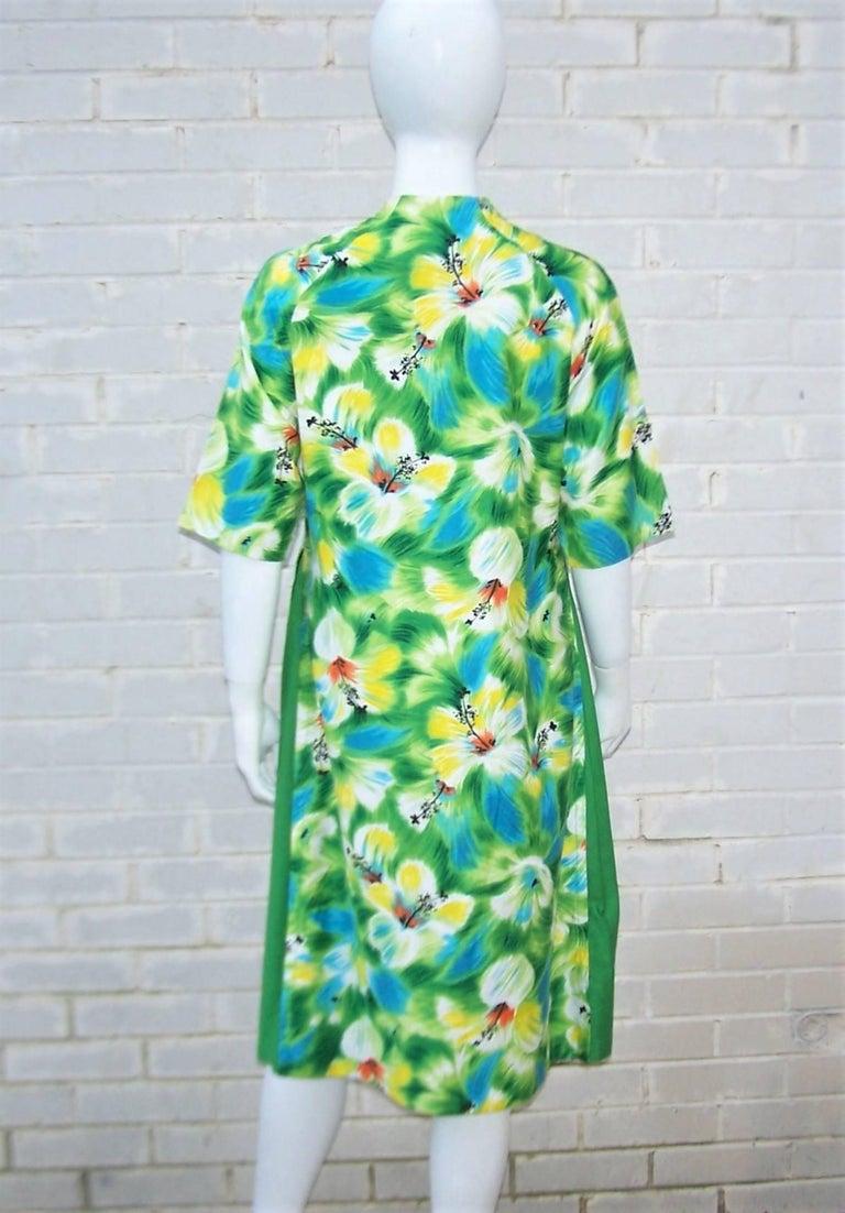 Tropical 1950's Kamehameha Hawaiian Floral Cotton Dress  For Sale 3