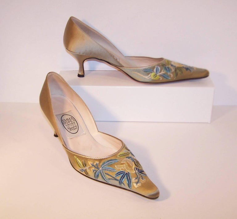 Emma Hope Embroidered Satin Kitten Heel Shoes Sz 38 1/2 2