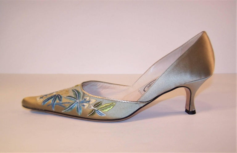 Emma Hope Embroidered Satin Kitten Heel Shoes Sz 38 1/2 6