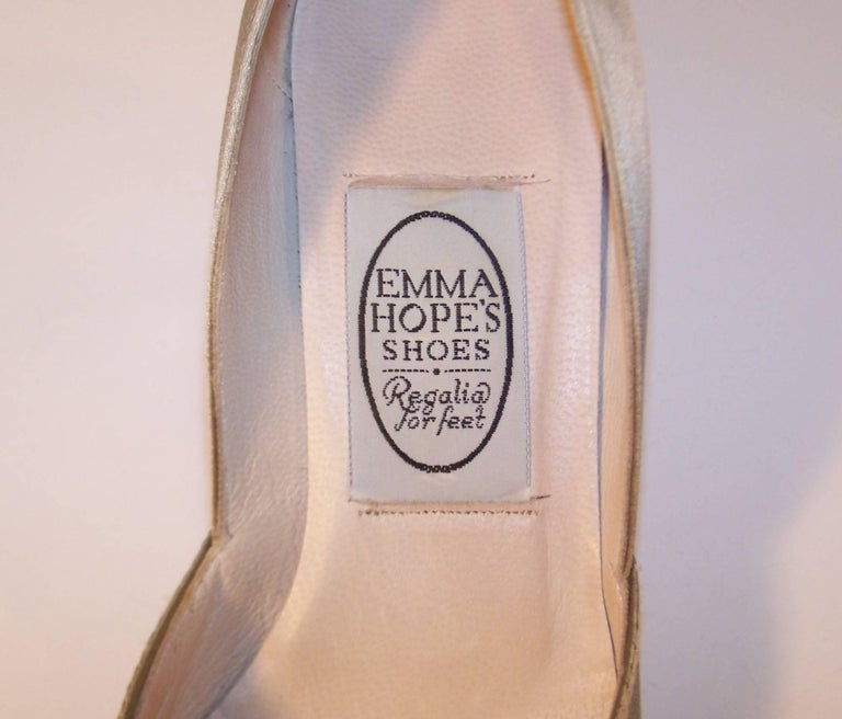 Emma Hope Embroidered Satin Kitten Heel Shoes Sz 38 1/2 10