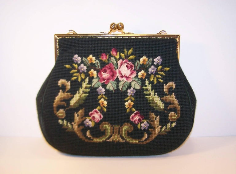 Women S 1950 Green Needlepoint Handbag With Fl Motif Chain Handle For
