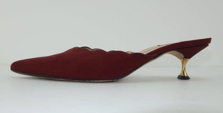 Manolo Blahnik Burgundy Mule Shoes With Gold Metal Kitten Heels Sz 37 For Sale 2