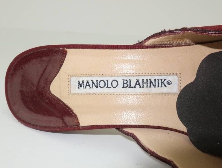 Manolo Blahnik Burgundy Mule Shoes With Gold Metal Kitten Heels Sz 37 For Sale 5