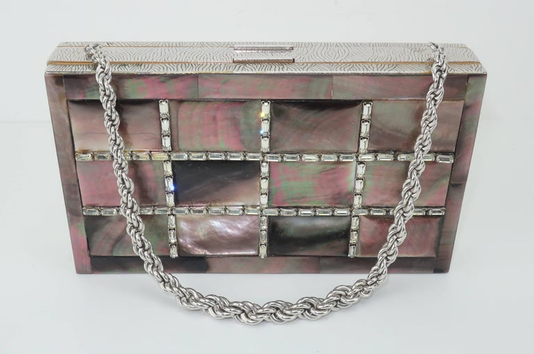 Evans Mother of Pearl Compact Wristlet Handbag, 1950s  For Sale 1