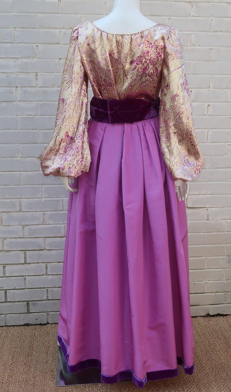 1970's Mignon Gold Lamé & Orchid Taffeta Peasant Dress Ensemble For Sale 5