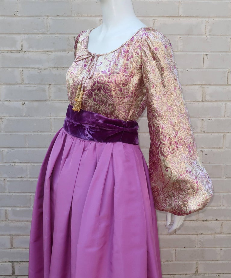 1970's Mignon Gold Lamé & Orchid Taffeta Peasant Dress Ensemble For Sale 4