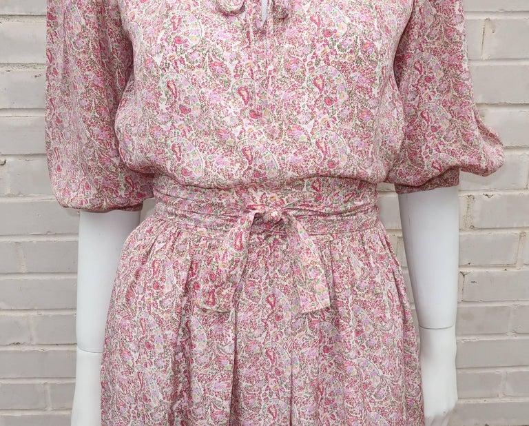 C.1980 Oscar de La Renta Two Piece Silk Floral Peasant Dress In Excellent Condition For Sale In Atlanta, GA