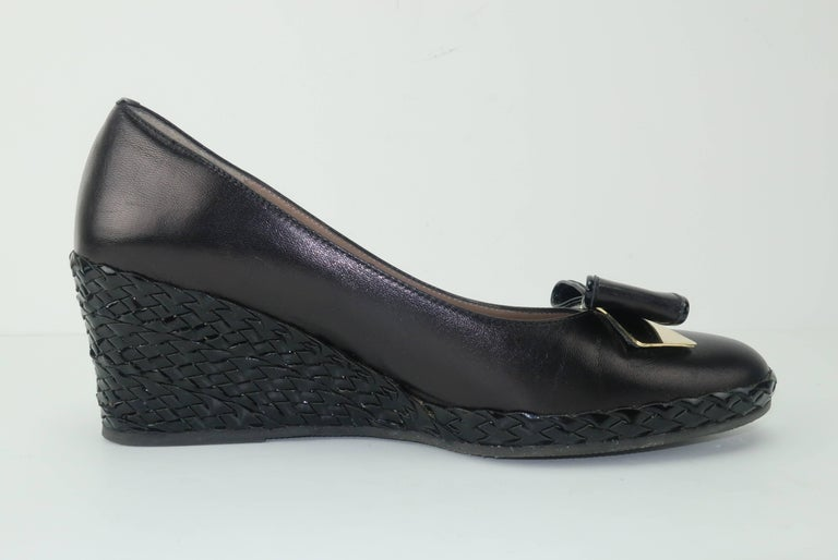 Bruno Magli Black Leather Wedge Shoes With Bow Tie Detail Sz 37 For Sale 3