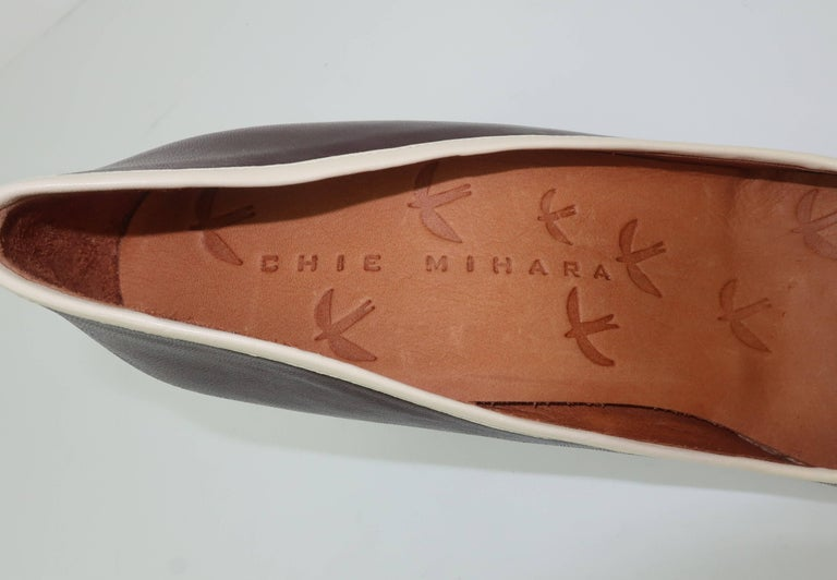 Chie Mihara Brown Leather Two Tone Heeled Loafer Shoes Sz 38 For Sale 4