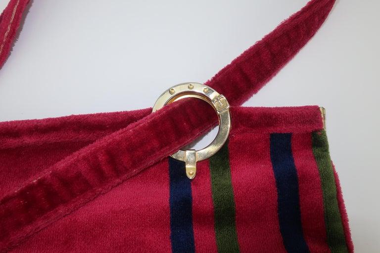 1960's Roberta Di Camerino Velvet Convertible Strap Logo Handbag For Sale 3