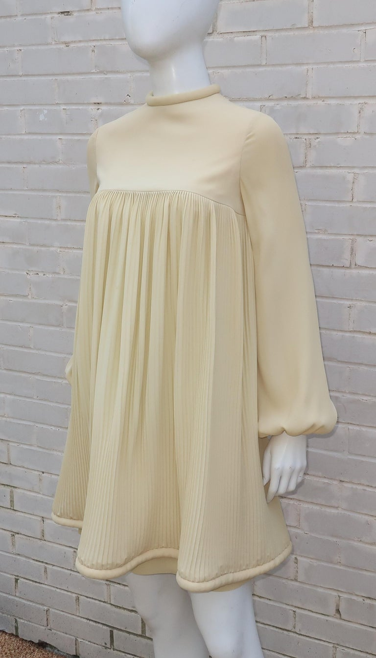 1960's Pierre Cardin Micro Pleated Silk Trapeze Dress For Sale 5