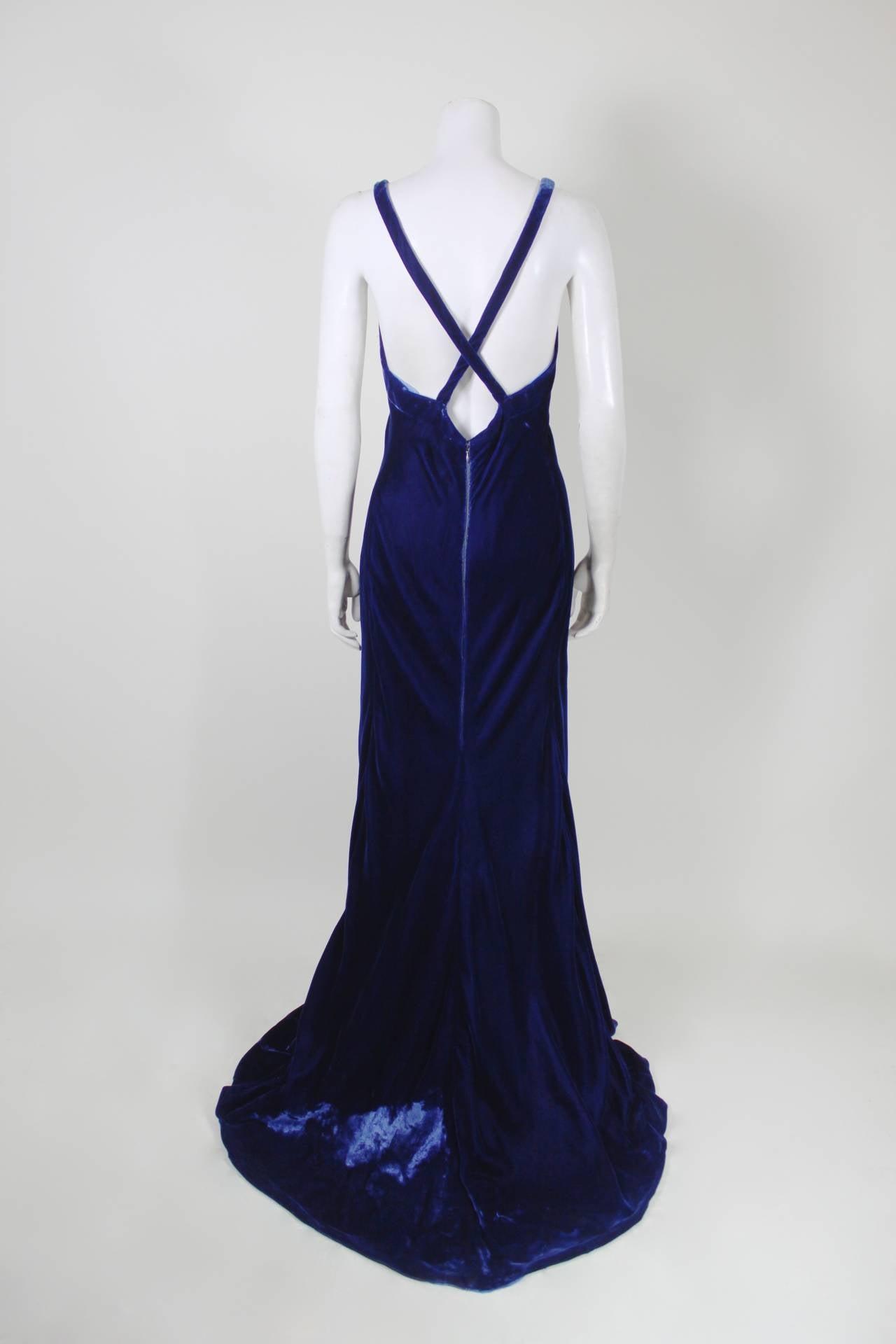 Jacqueline De Ribes Stunning Midnight Blue Velvet Evening Gown For Sale 2