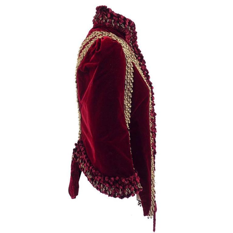 Victorian Burgundy Velvet Carriage Coat 2