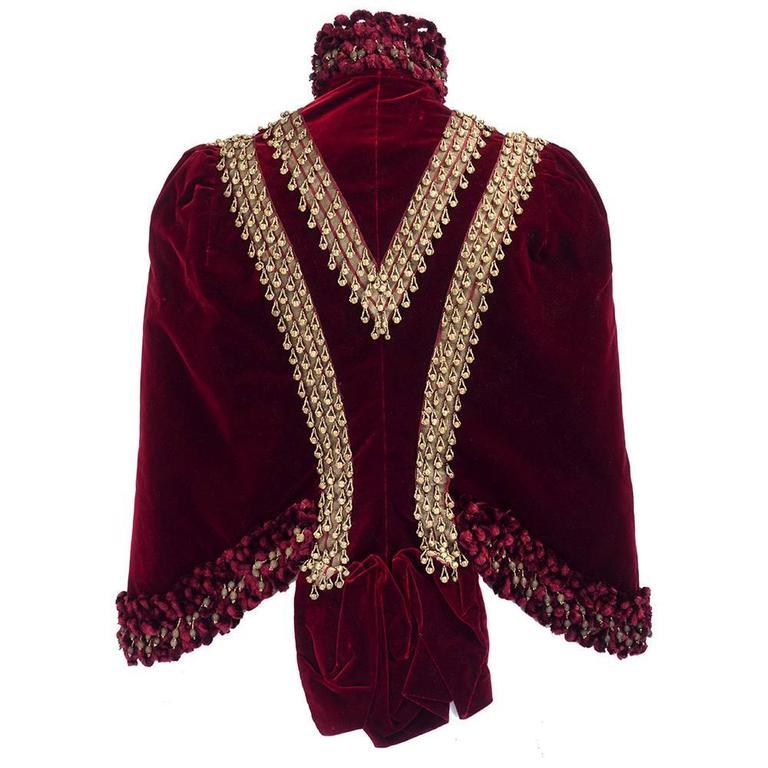 Victorian Burgundy Velvet Carriage Coat 3