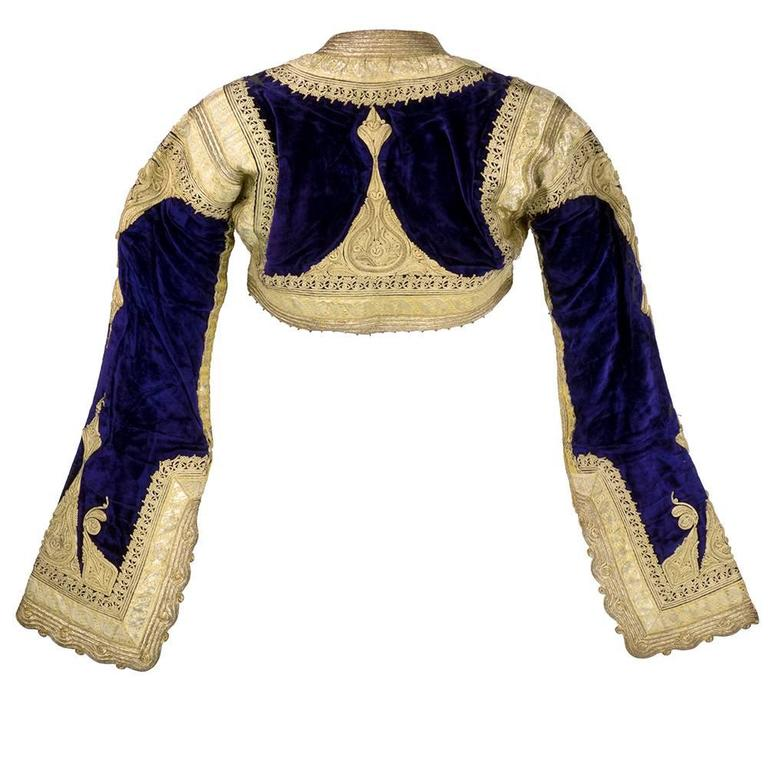Early 20th Century Ethnic Cropped Purple Velvet Jacket with Gold Braid 3