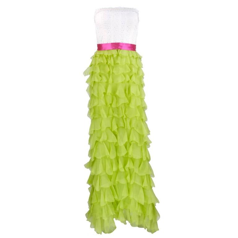 2000s Oscar de la Renta Gown with Tiered Ruffled Chiffon Skirt 1