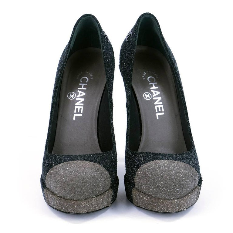 Black Contemporary Chanel Platform Two Tone Glitter Blasted Pumps For Sale