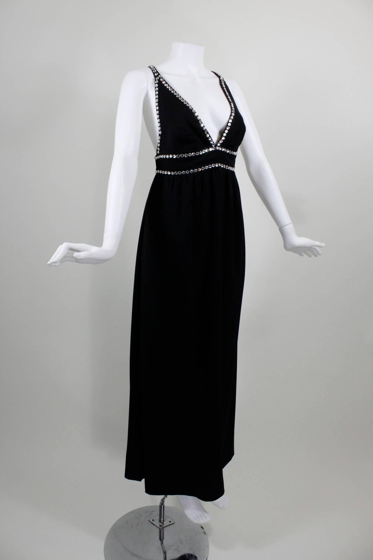 Oscar de La Renta Black Evening Gown with Oversize Rhinestone Embellishment 3