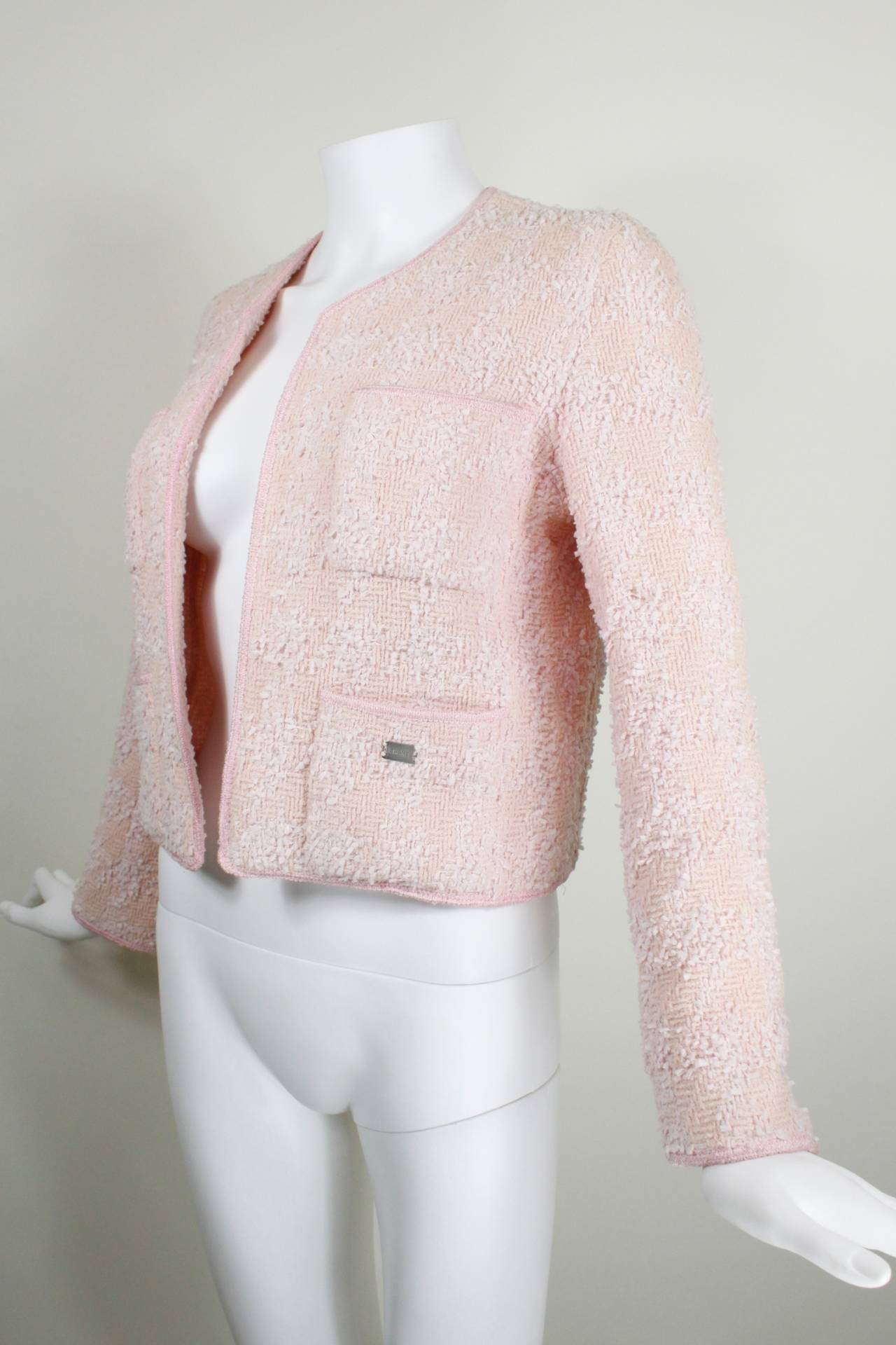 Chanel Blush Pink Houndstooth Bouclé Jacket at 1stdibs