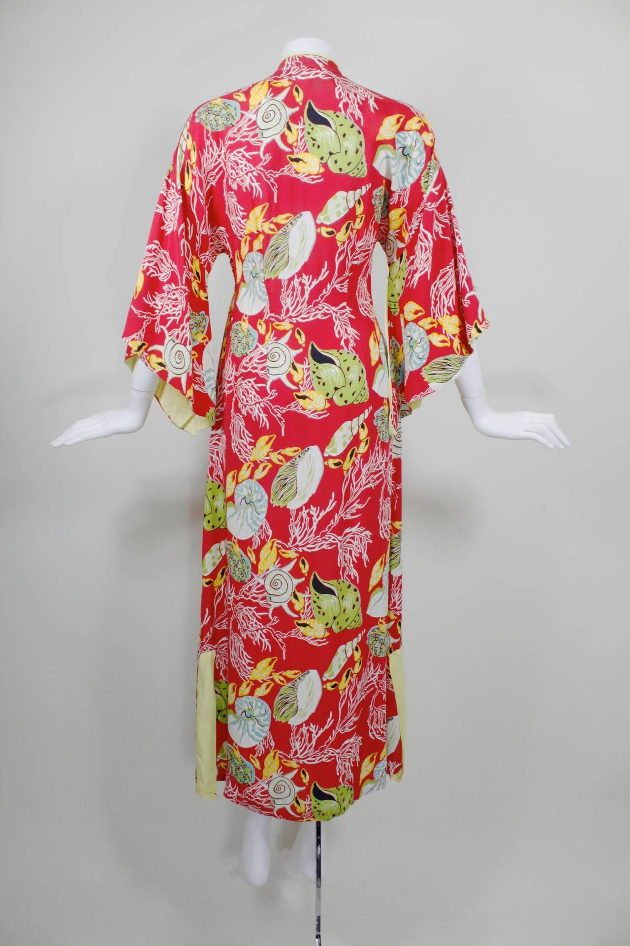1940s Hawaiian Free Floating Aquatic Print Rayon Dress At