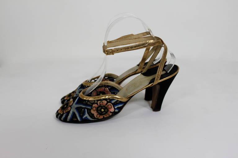 Ferragamo 1930s Tavarnelle Floral Pumps with Gold Leather Straps 4