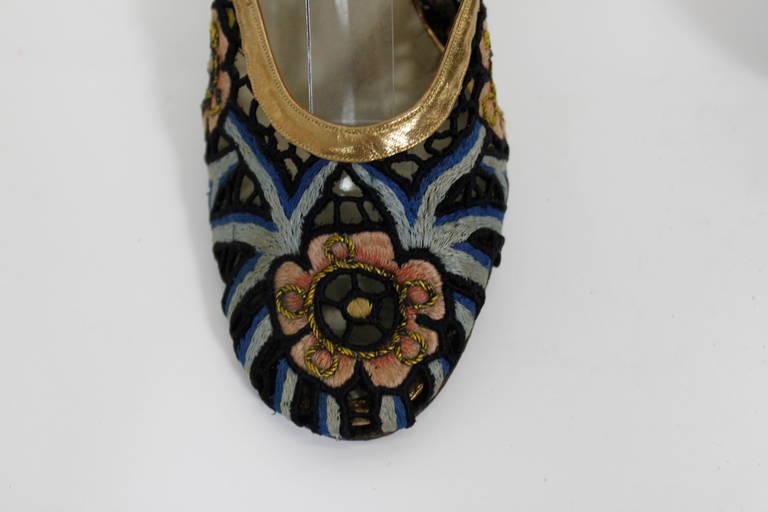 Ferragamo 1930s Tavarnelle Floral Pumps with Gold Leather Straps 9
