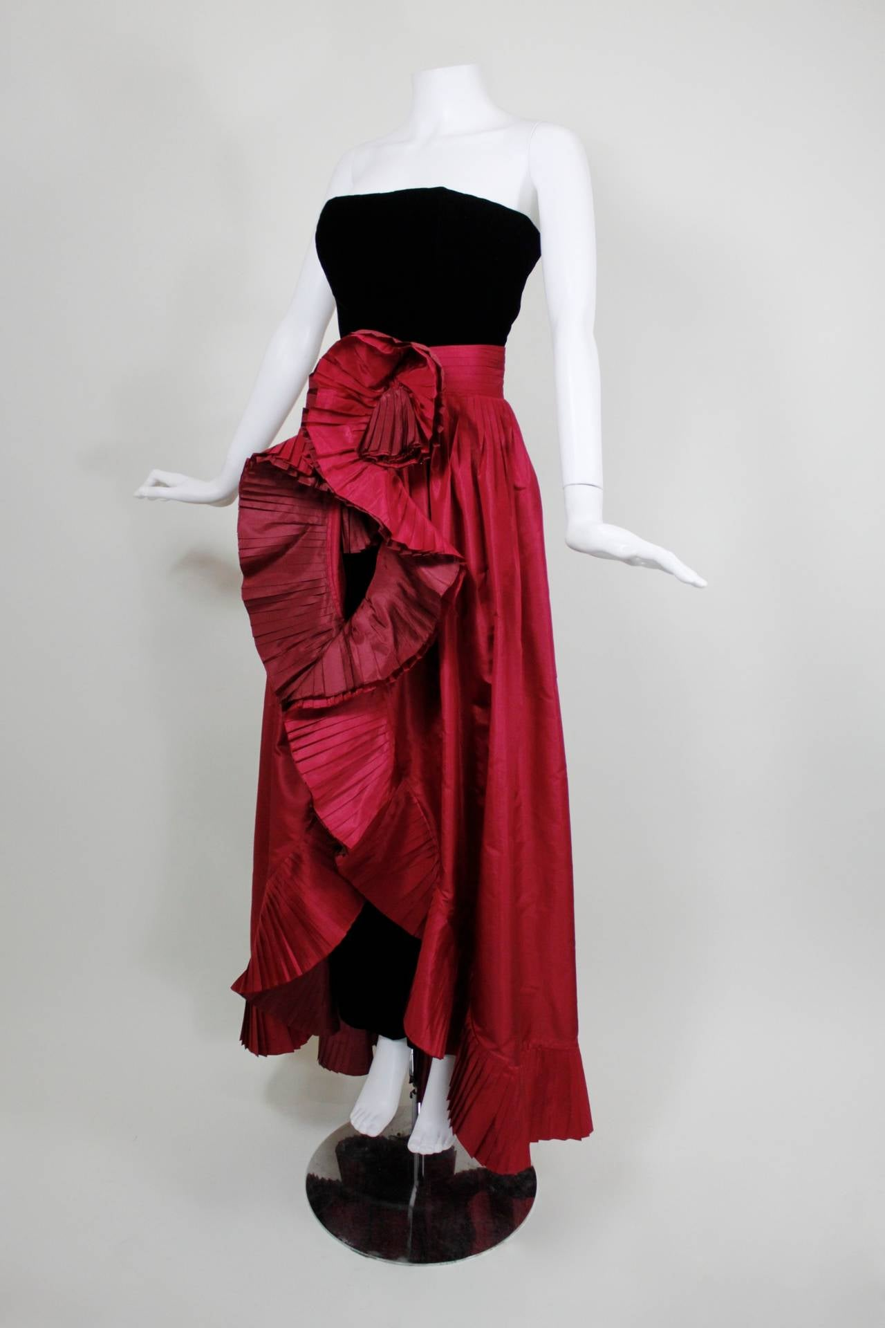 1980s Nina Ricci Velvet Strapless Jumpsuit with Silk Taffeta Overskirt In Excellent Condition For Sale In Los Angeles, CA