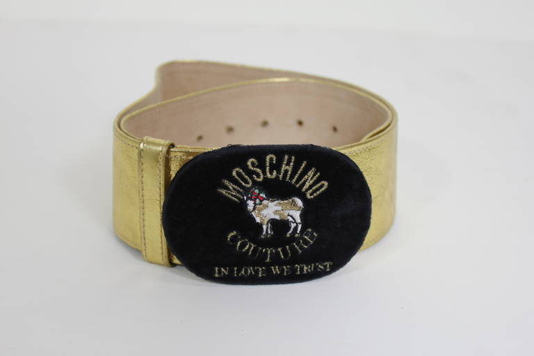 Moschino 1990s Velvet Buckle Gold Leather Belt  4