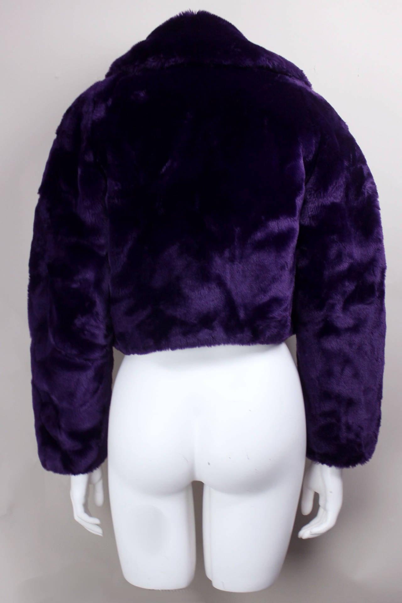 Women's Byblos Purple Faux Fur Cropped Jacket For Sale