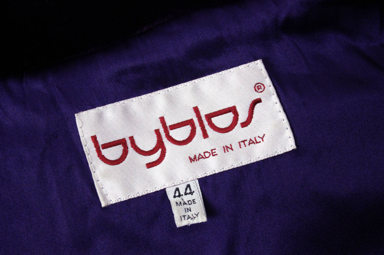 Byblos Purple Faux Fur Cropped Jacket For Sale 2