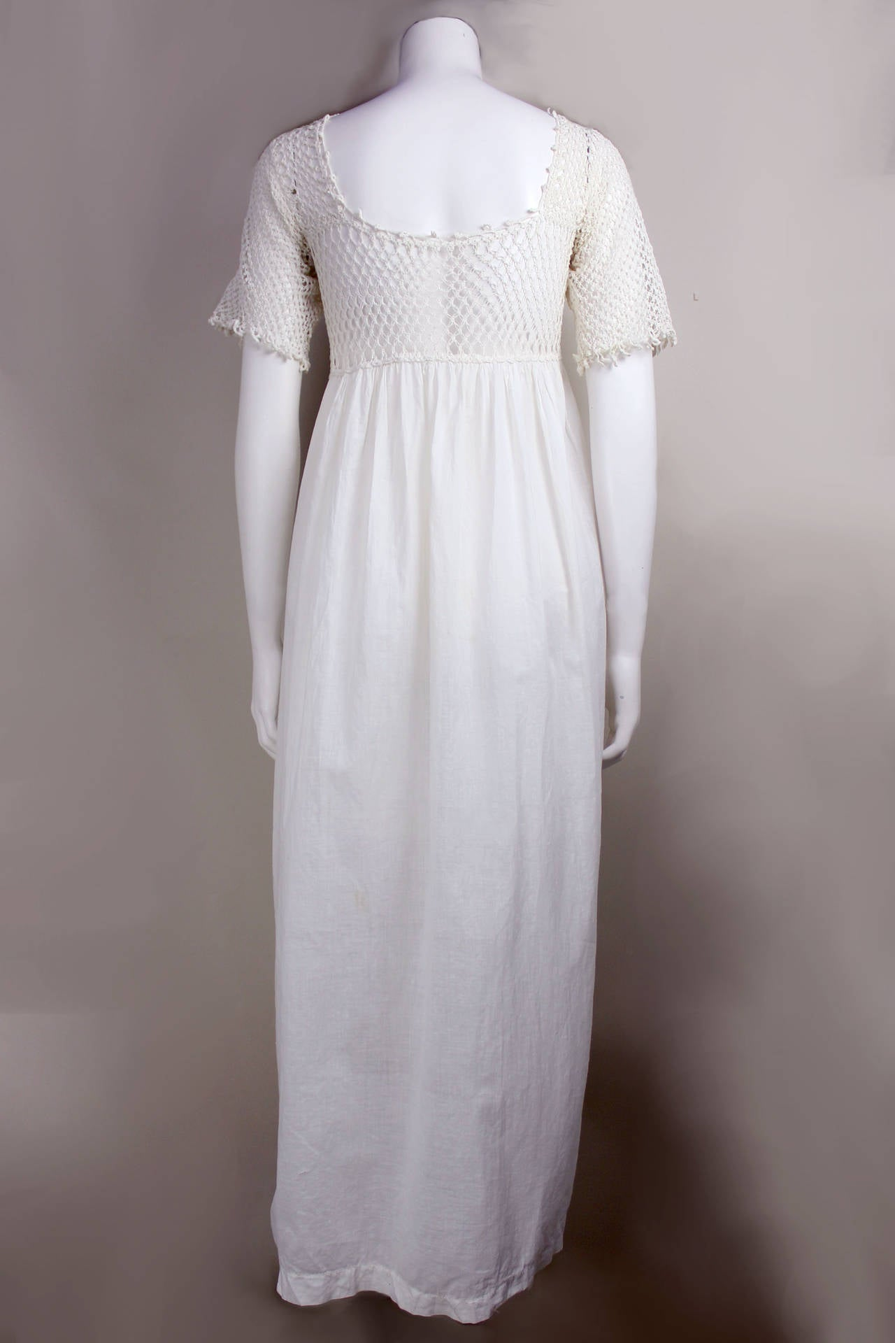 Romantic Edwardian Nightgown In Good Condition For Sale In New York, NY