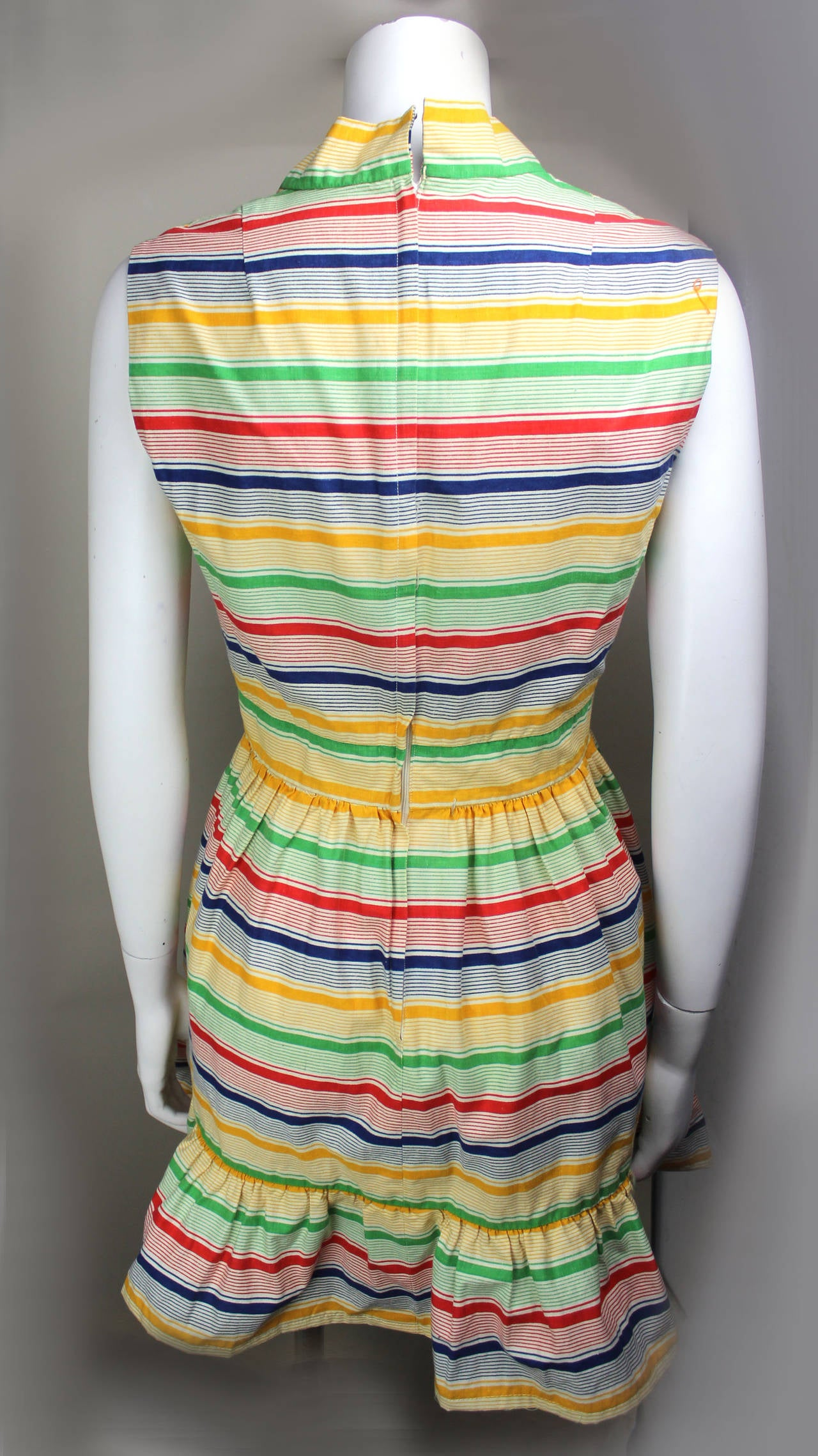 1970s Victor Costa Bright and Flouncy Cotton Day Dress 3