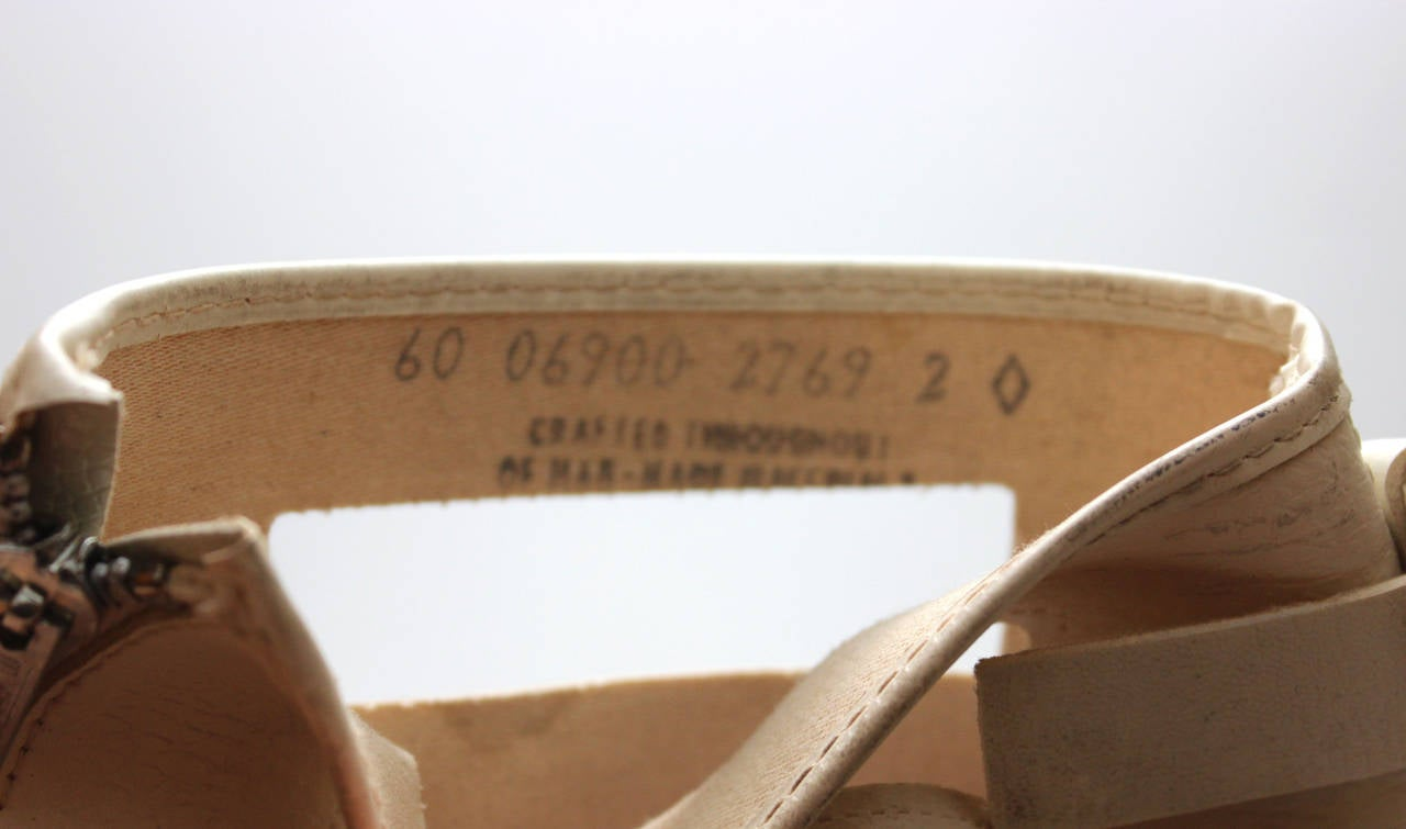 Rare 1960s Hullabaloo Cut-Out Go Go Boots For Sale 3