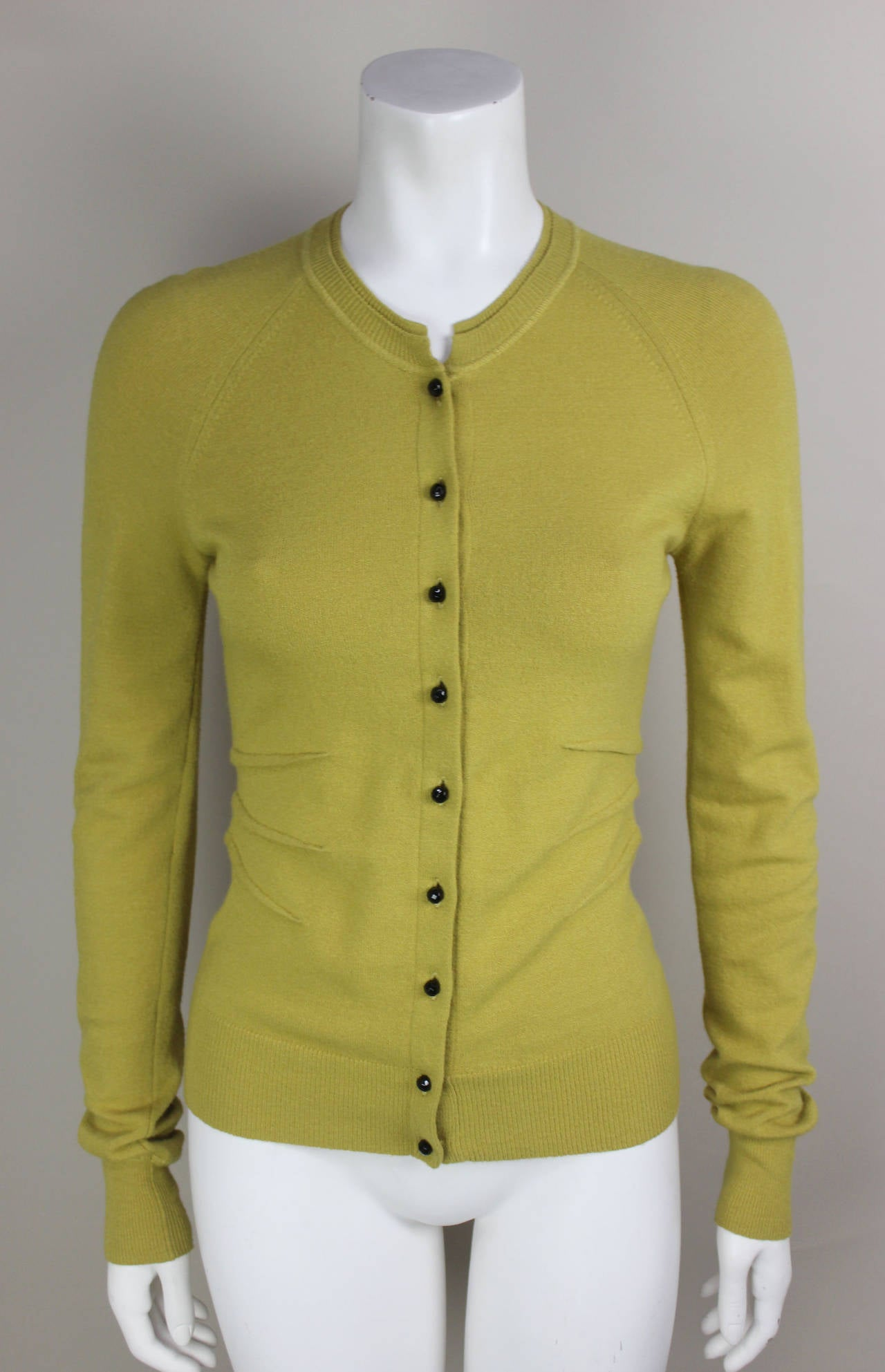 Vintage Dolce and Gabbana Mustard Yellow 100% Cashmere Long Sleeve ...