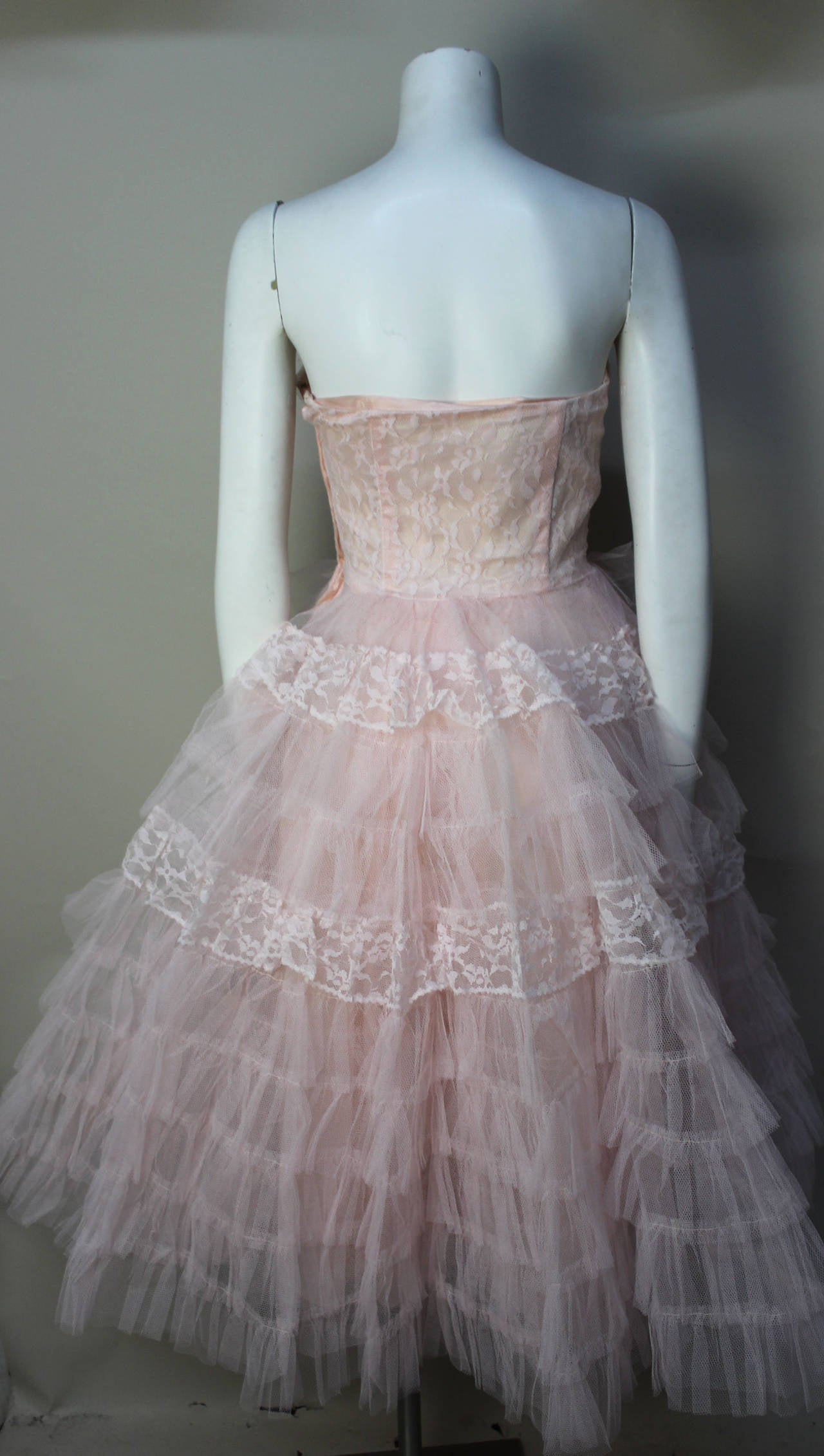 Women's Stunning Never Worn 1950s Pink Tulle Evening Dress with Lace Bolero For Sale