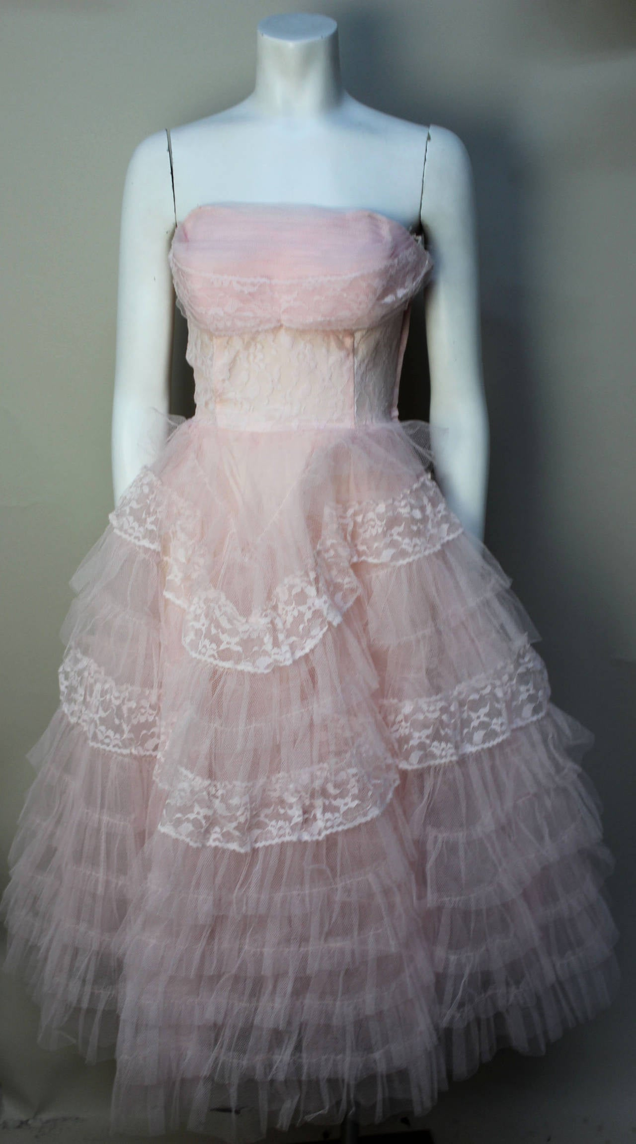 Gray Stunning Never Worn 1950s Pink Tulle Evening Dress with Lace Bolero For Sale
