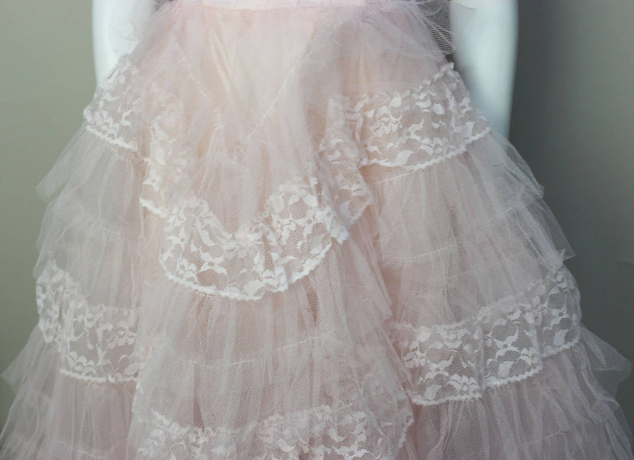 Stunning Never Worn 1950s Pink Tulle Evening Dress with Lace Bolero For Sale 4