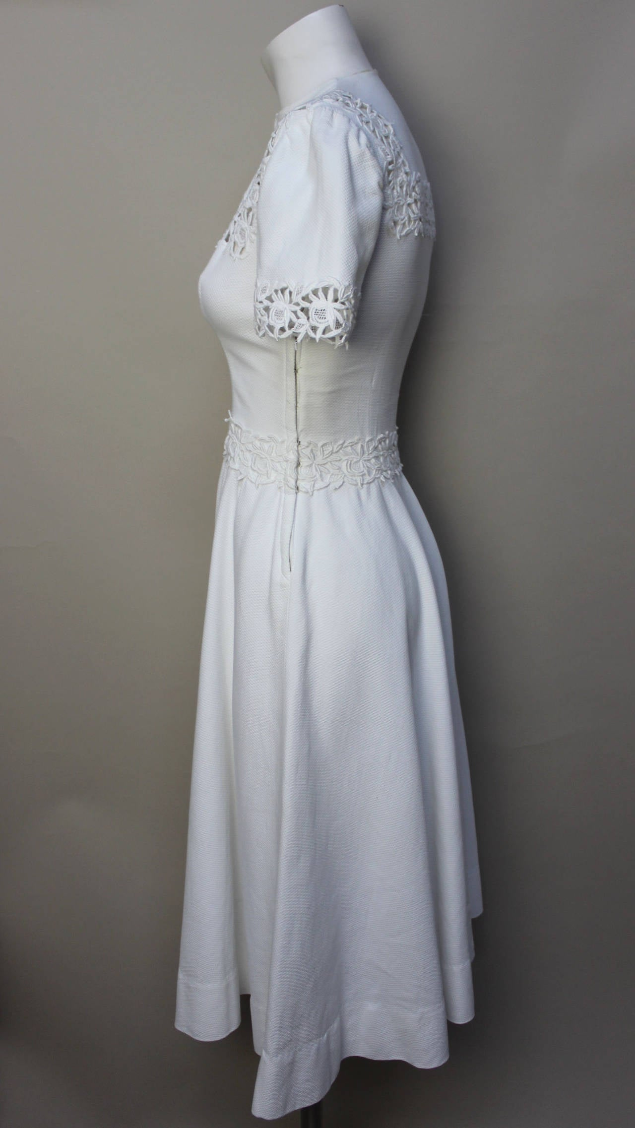 Gray 1940s/1950s Lawn Party White Pique Dress For Sale