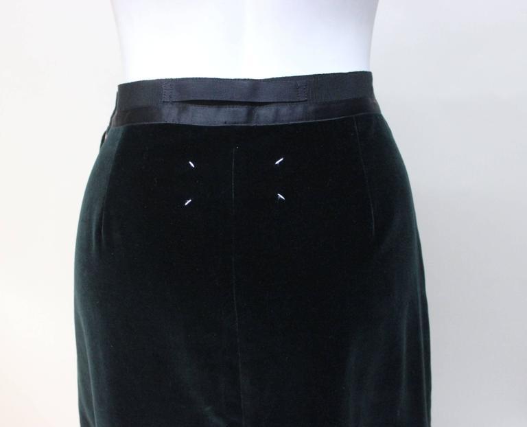 Martin Margiela Early 90s Forest Green Velvet White Label Skirt For Sale 2