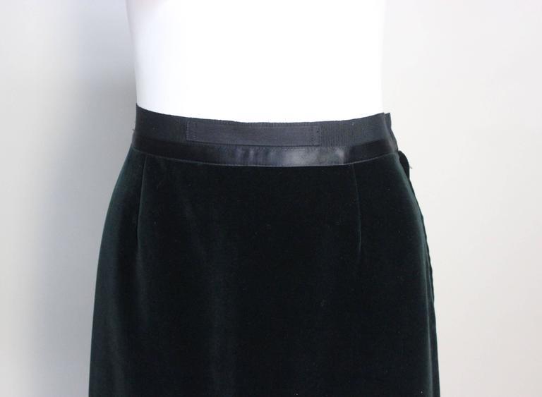 Martin Margiela Early 90s Forest Green Velvet White Label Skirt For Sale 1