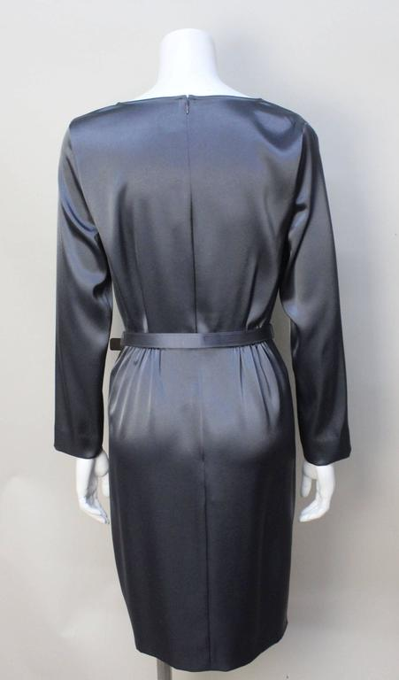 St. John Elegant Pewter Grey Dress In New Never_worn Condition For Sale In New York, NY