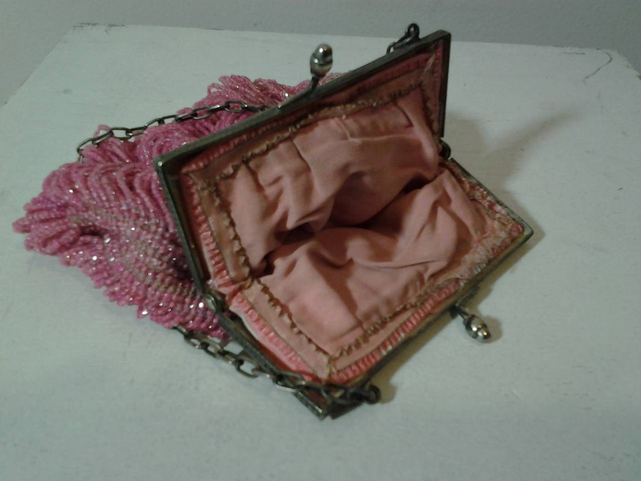 1920s Rose Glass Beaded Metal Frame Handbag 5