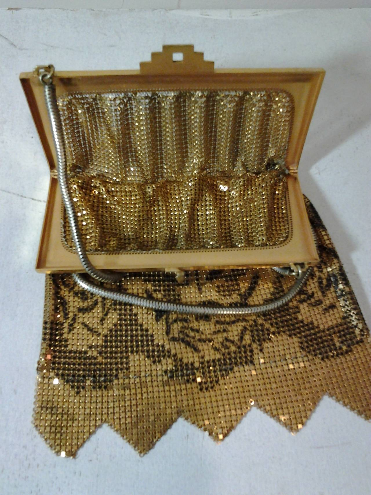 1920s Metal Mesh Evening Bag In Gold And Black Enamel At