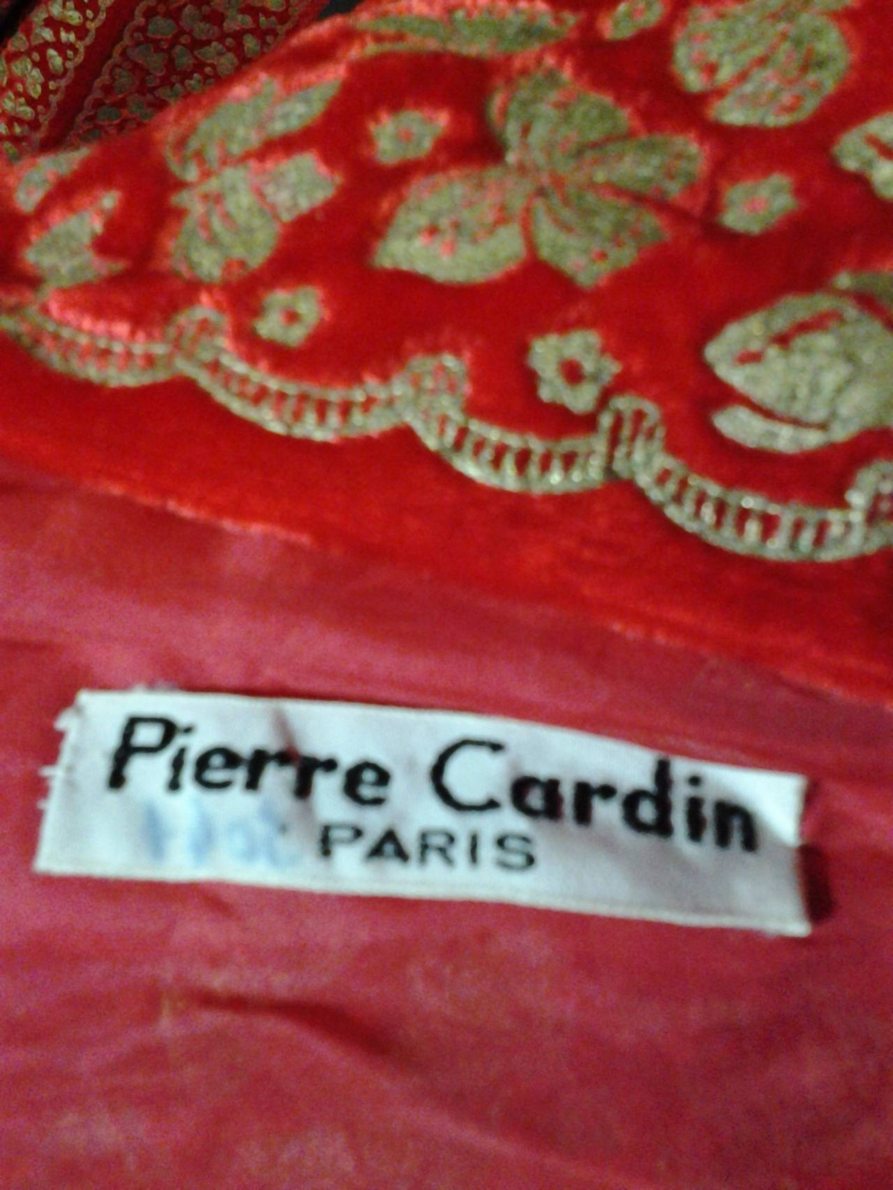 A Pair of 1958 Pierre Cardin Couture Robes for Paris Bal D'Hiver 9