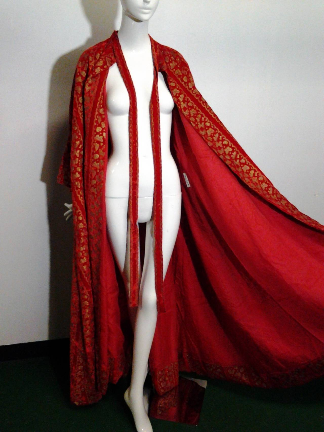 A Pair of 1958 Pierre Cardin Couture Robes for Paris Bal D'Hiver 4