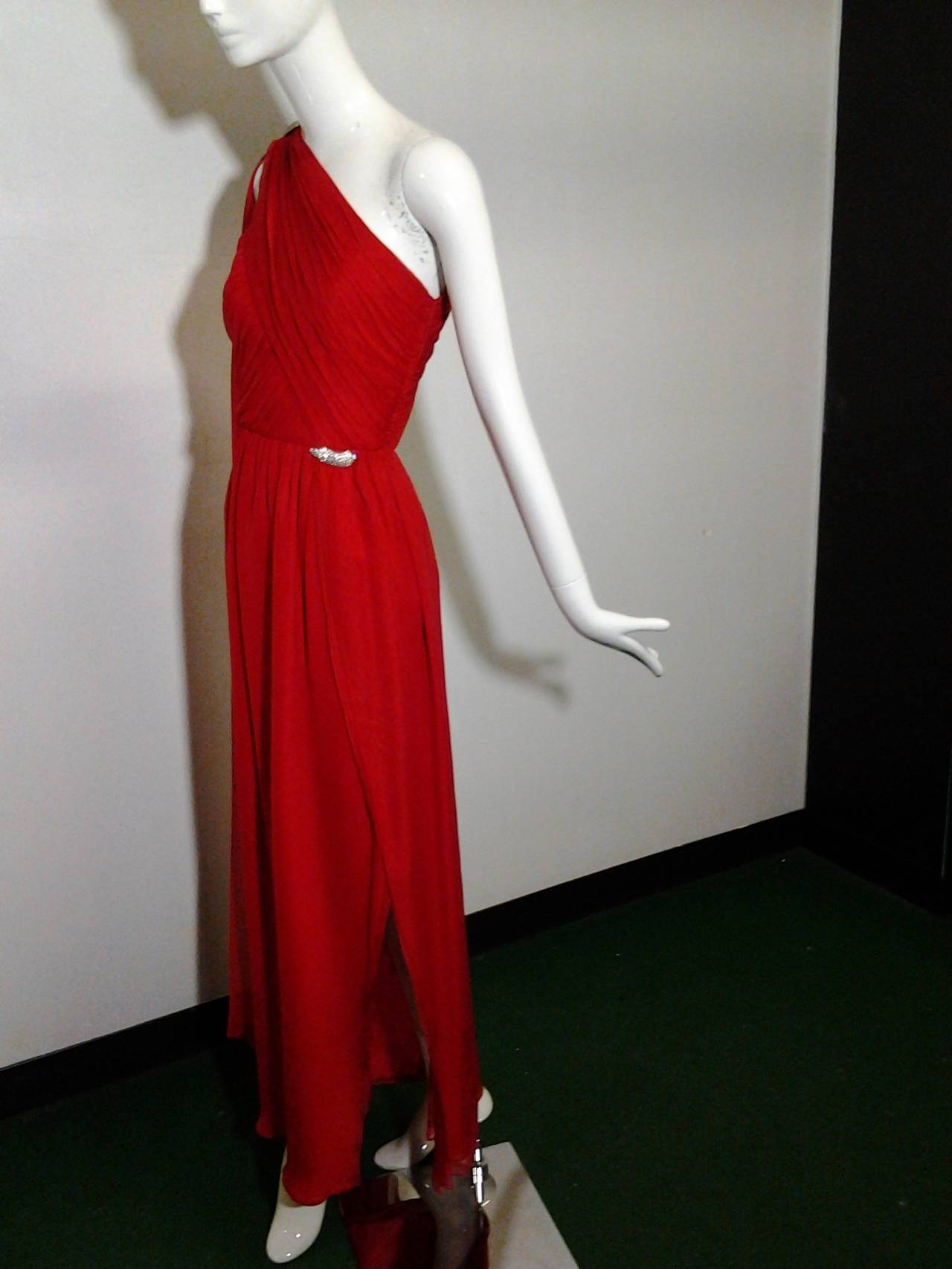 1980s Carolyne Roehm Vivid Red Silk Chiffon One-Shoulder Goddess Gown 9
