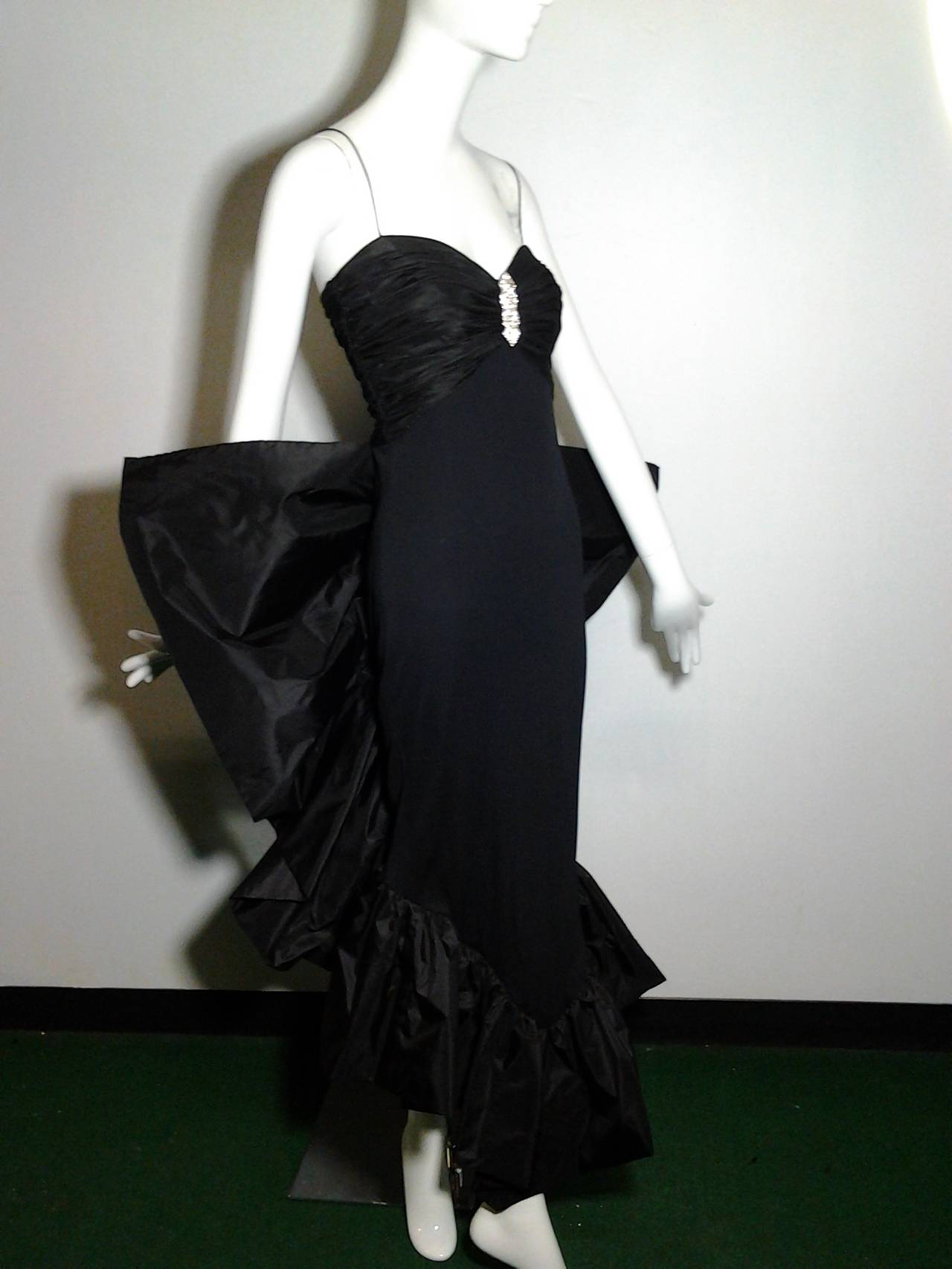 1980s Jill Richards Dramatic Black Fan-Tail Bustle Cocktail Dress For Sale 1