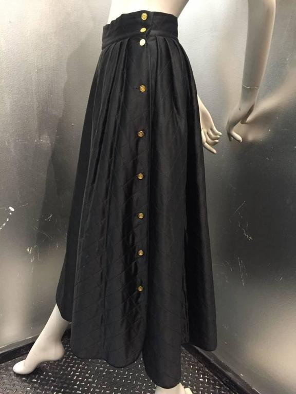 "1980s Chanel Quilted Silk Satin Full Skirt with ""Handbag"" Buttons For Sale 1"