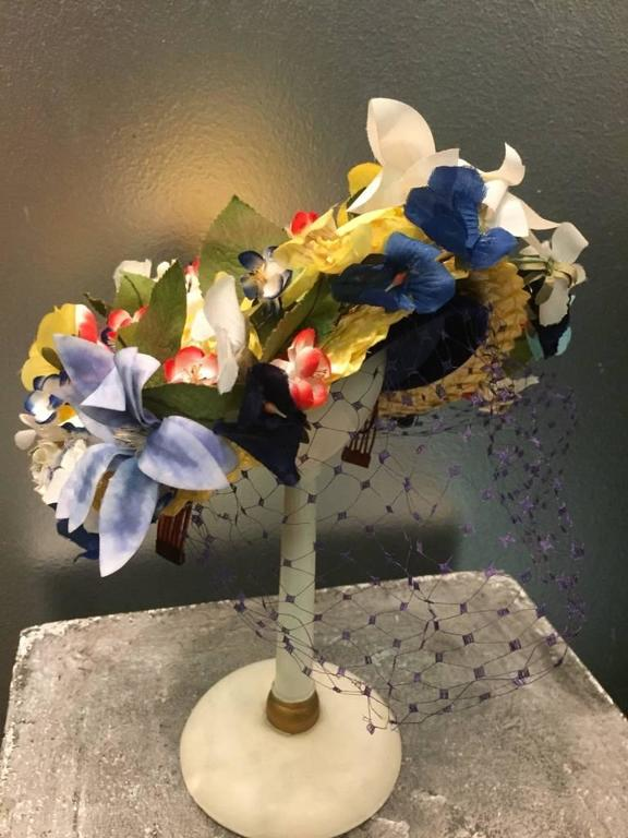 Women's 1950s Chanda Pale Yellow Straw Hat Trimmed in Beautiful Multicolor Flowers For Sale