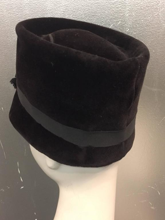 1960s Christian Dior Velvet Equestrian Style Hat W/ Bow  For Sale 1